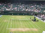 やってきましたテニスの聖地